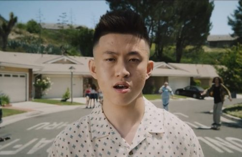 Rich Brian – 100 Degrees